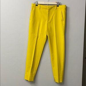 Zara woman yellow chino fit pants size 8.NWT